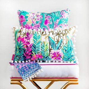 Lilly Pulitzer \\ Indoor/Outdoor Decorative Pillow